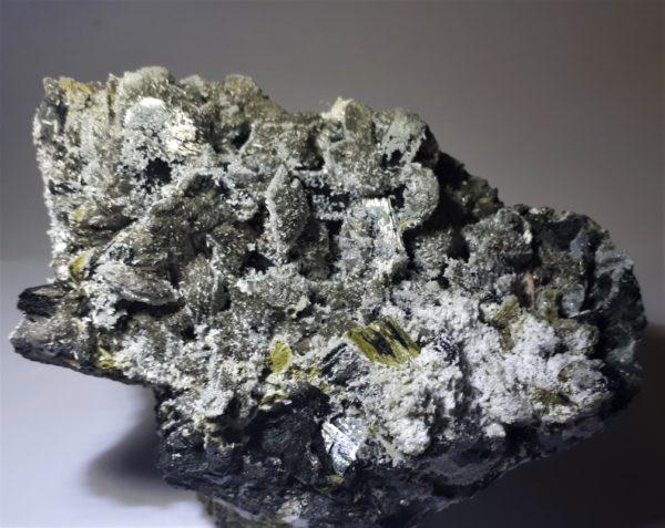 Tremolitt, Prehnitt, Aktinolitt, Kvarts og Epidot