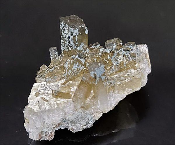 Natrolitt og Montmorillonitt