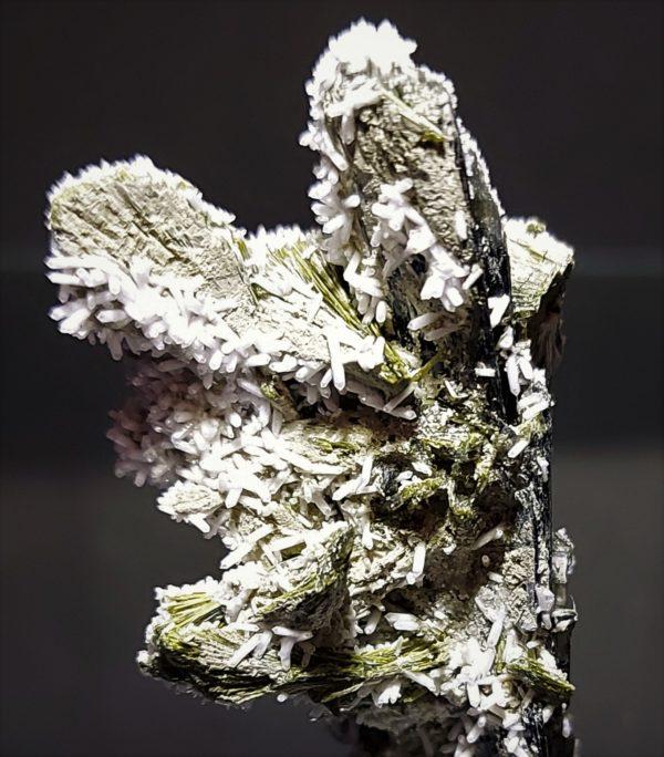 Tremolitt, Kvarts og Epidot