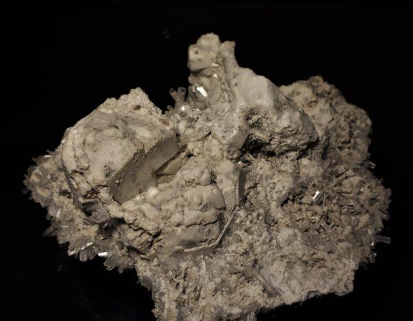 Natrolitt (baksiden)